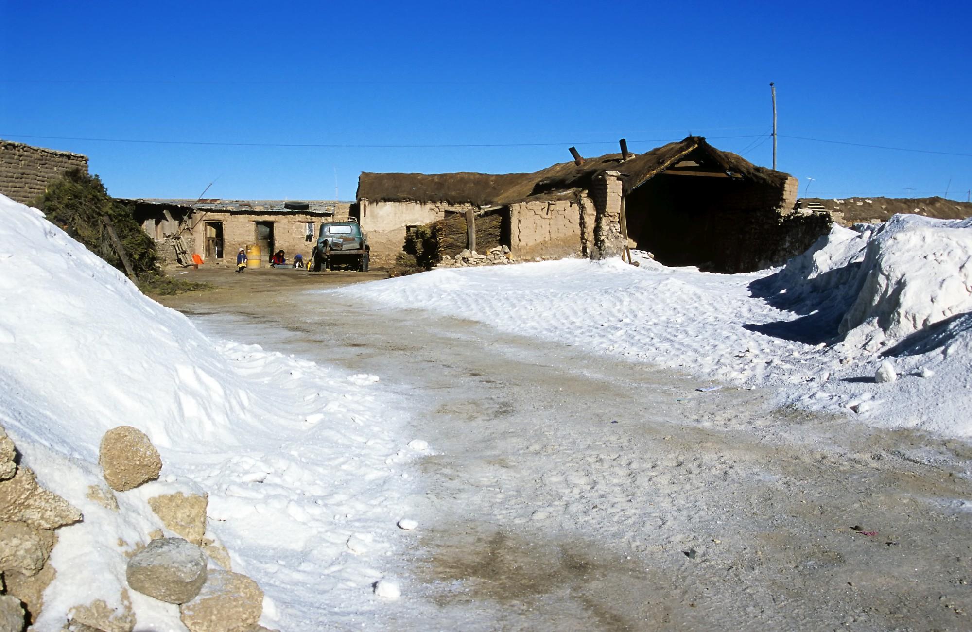 la-paz-uyuni-salt-flats-tours