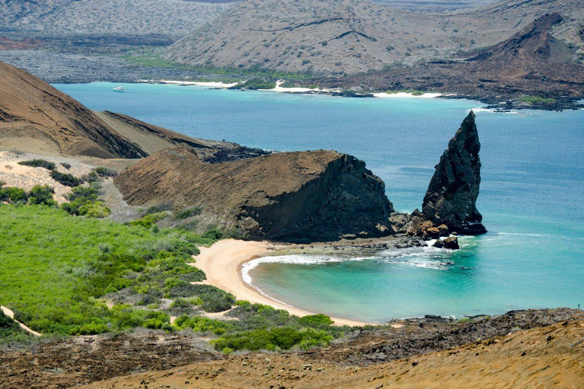 galapagos-islands-land-based-tour